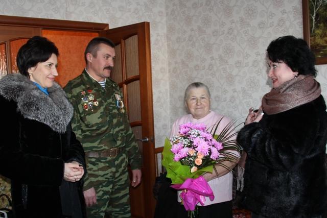Поздравление с 80-летним юбилеем Нины Николаевны Дебело.